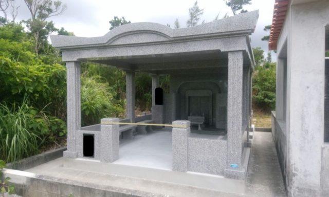 男にとってお墓は、ベンツと一緒…かもね